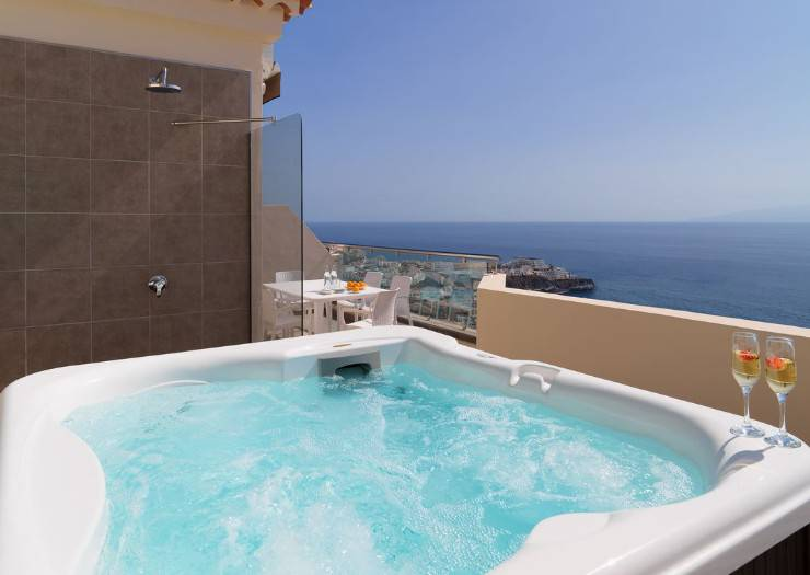 2 bedroom deluxe apartment royal sun resort acantilado de los gigantes